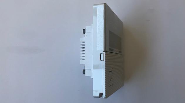 温度コントローラー(側面)